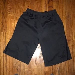 Kids Nike Basketball Shorts, L